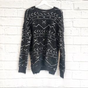 Forever 21 Black and White Aztec Print Sweater.